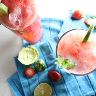 Strawberry Daiquiri Spritzer