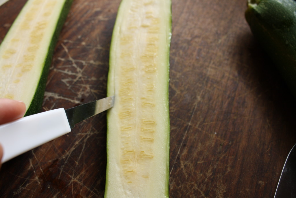 how to carve a zucchini